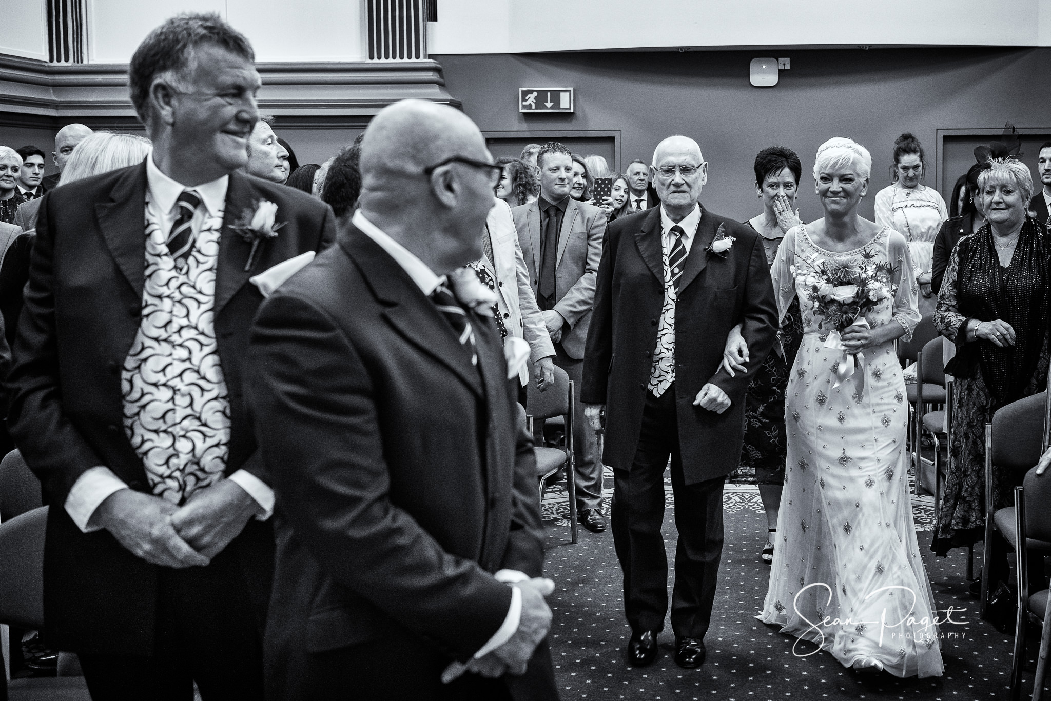 Leeds Town Hall Wedding Photography
